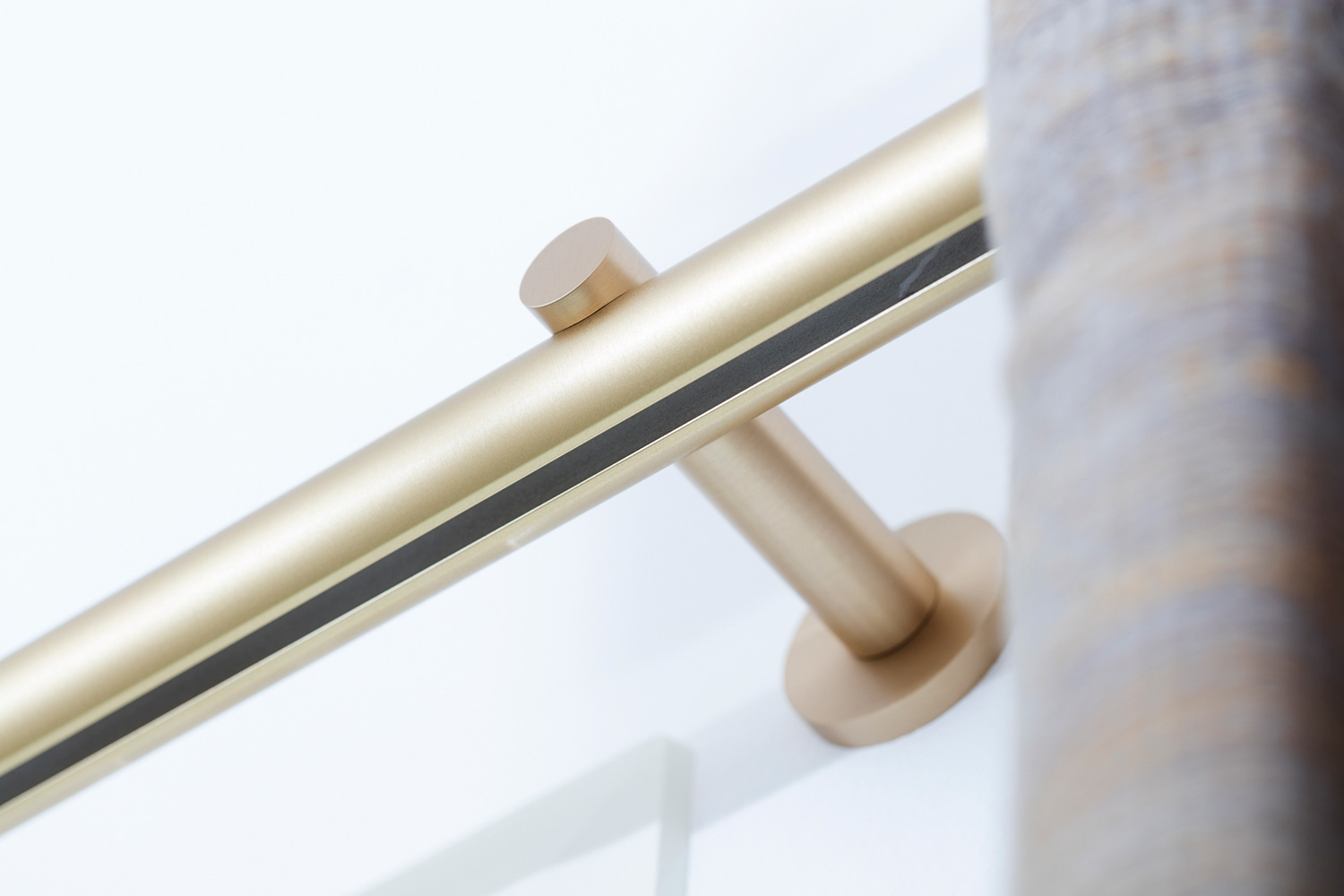 Luxaflex Premium Curtain rod